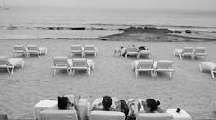 Chilling, Ibiza 2016 (Serra314) Tags: ibiza holiday island isola ivissa nikon d3200 manual manuale moment bianco e nero black white monocromo allaperto beach chilling relax wine reading friends vintage