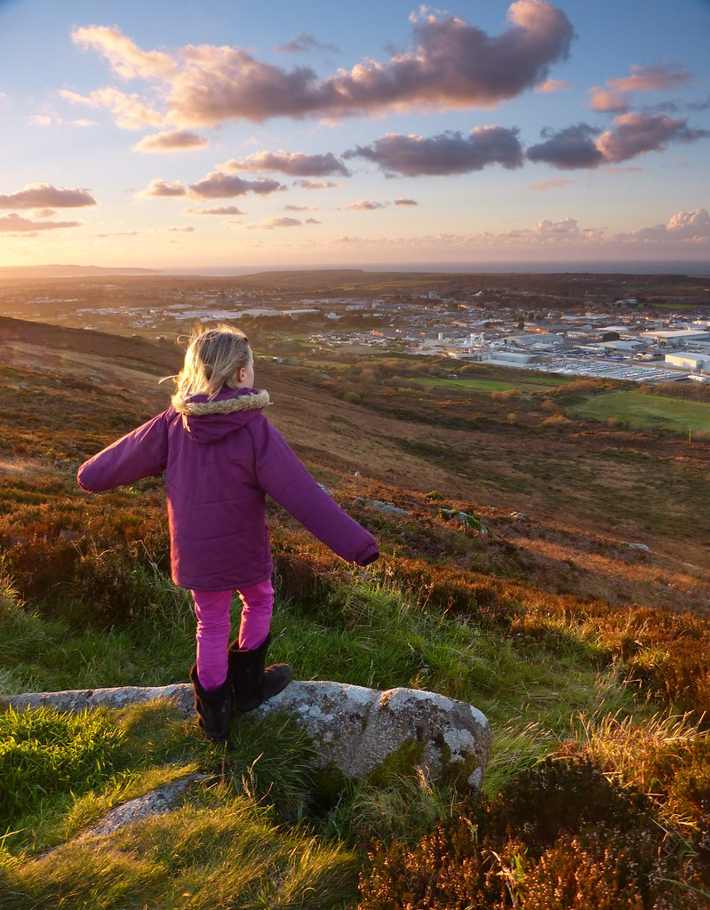 8205 cornwall - Ella On Carn Brea B Scarlett Tags Sunset Cornwall 09 Reverse Grad