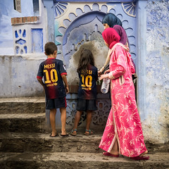 The Messi's Fountain (aminefassi) Tags: world barcelona life africa street travel portrait people copyright color colour water fountain fashion rose azul kids walking children square lumix foot football 10 candid or soccer morocco maroc getty chaouen lionel chefchaouen fontaine bara bluew