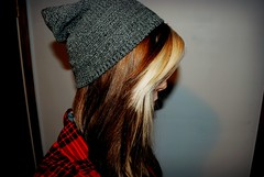 My Hur (Celestri4l) Tags: red brown girl hair long quality gray blonde plaid beanie tumblr
