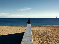 Benvenuta solitudine (meghimeg) Tags: sea muro girl wall boat solitude barca mare explore sail vela 2012 ragazza solitudine savona