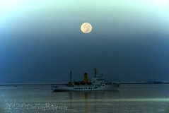moonshine (DocTony Photography) Tags: blue sea sky moon boat nikon alone ship horizon philippines solo manila manilabay moonset d800 doctony 28300vr