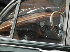 Jaguar Dash (kenjonbro) Tags: wood uk england green london westminster interior walnut trafalgarsquare mk2 jaguar dashboard charingcross 1965 themall sw1 mkii britishracinggreen veneer 38l 3781cc kenjonbro fujifilmfinepixhs10 cam980c