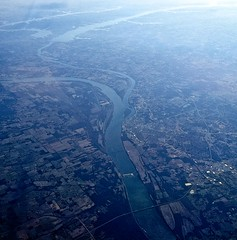 from 37,000 feet (vistavision) Tags: kentucky paducah tennesseeriver cumberlandriver kentuckylake lakebarkley