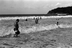 Noosa Beach, QLD (Hao Ran Lai) Tags: family sea people beach person wave persons