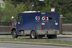 G4S B9605 Freightliner FL series armoured car rear Ottawa, Ontario Canada 05102007 Ian A. McCord (ocrr4204) Tags: ontario canada truck action ottawa camion vehicle pointandshoot fl mccord armored armoured armoredcar armouredcar freightliner g4s group4securicor ianmccord ianamccord