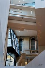 Architectural Suicide (Tim van Zundert) Tags: museum architecture scotland edinburgh angles national