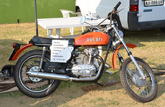 DUCATI 125 Scrambler (baffalie) Tags: mostra old bike vintage italia moto ducati italie imola scrambler scambio
