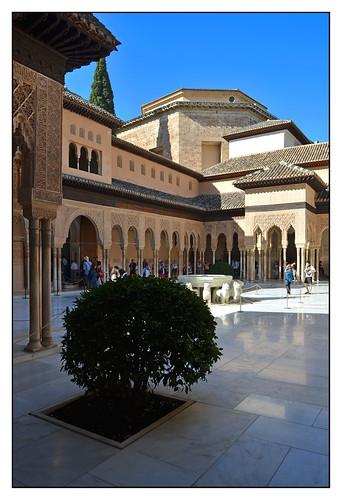 12.10.04.11.31.24 - Granada, Alhambra, Patio de los Leones (Löwenhof)