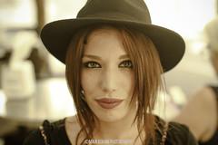 Araceli (MaxiKohan) Tags: beauty girl maxikohanphotography pretty youngbeauty portrait portraiture retrato redhead pelirroja hat sombrero