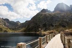 Dammed lake (Daniel Moreira) Tags: lac dartouste artouste mountains montanhas sky cu clouds nuvens lake lago water gua dam barragem pyrenees pyrnes pirineos pirineus france frana