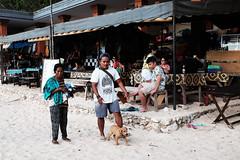 69 (indrarosalia) Tags: bali fujifilm x100t classic chrome kuta pantai vacation terfujilah indonesia sunset beach kuliner food eatwell pak dobil