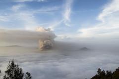 _DSC1232 (Mireya Mb) Tags: bromo java indonesia sky cloud