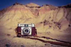 Paseo fotogrfico por el desierto  ( Mrs ) Tags: exterior vintage werlisa canon navarra desierto