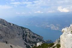 lago di Garda (Tabboz) Tags: montagna garda sentiero vetta cima trekking escursione panorama rifugio salita mugaia valle mugo lago roccia cielo nuvole