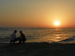 sunset in Deba (Mamdouh almalki) Tags: غروب طلعة شباب شاطئ السعودية المملكه بحر الشمس موج تدخين شاطي امواج شواطئ ضباء