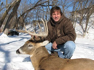 Kansas Trophy Whitetail Bow Hunt 13