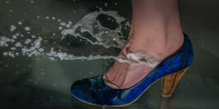 Walking On Water (Tore Thiis Fjeld) Tags: light color wet water norway shoe nikon flash d800 humidety