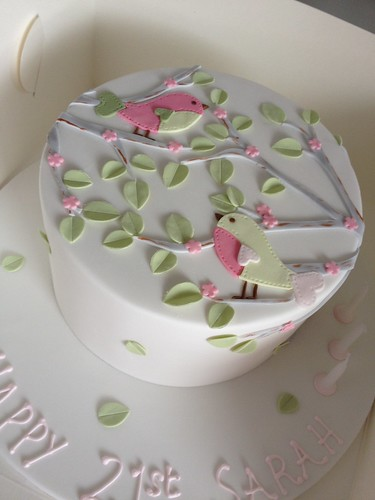 Female Birthday Cakes Pretty Love Birds
