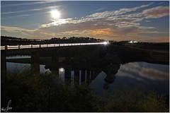 Lunas que parecen soles (Ana_Lobo) Tags: longexposure ro puente noche carretera nocturna lunallena zamora reflejos embalse rastro largaexposicin esla laencomienda n631 puentedelaestrella