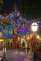 Disneyland Christmas - New Orleans Square (Silver1SWA (Ryan Pastorino)) Tags: christmas canon photography disneyland disney wdw waltdisneyworld dlr canon5dmarkii