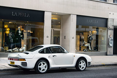 959. (Alex Penfold) Tags: street white london knightsbridge porsche sw sloane 959