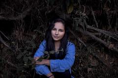 Caro (jhonatan9516) Tags: girl green blue nikon d5100