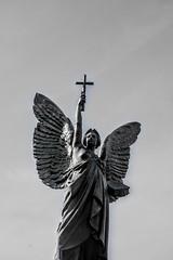 DSC_5091 (StudioFSR) Tags: angel ww1 ww2 rothesay isle bute scotland monument fallen blackandwhite blancoynegro people gente lugares costumbrismo tradiciones