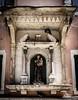2016-08-11_Venedig - Venice - gritty version_IMG_7964 (dieter_weinelt) Tags: bluesky brücken dieter fiona gondeln kanal kanäle melanie sommer2016 sonnenschein touristen venedig venice victoria blauerhimmel boats boote bridges canals gondolas summer2016 sunshine tourists