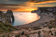 Durdle Door (JSP92) Tags: westlulworth england unitedkingdom gb hurdle door sunset le long exposure big stopper lee gold golden tones sky clouds sand sun back rocks ime