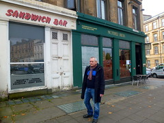 MOTHER INDIA kenny (dddoc1965) Tags: dddoc davidcameronpaisleyphotographer september 23rd 2016 kenny ried glasgow buildings parks shop fronts fountain polish people churches mosque water