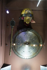 Polish shield, helmet, and mace (quinet) Tags: 2015 museumofthepolisharmy muzeumwojskapolskiego poland rstung schirm varsovie warsaw warschau warsowa armor armour armure bouclier mace macis shield