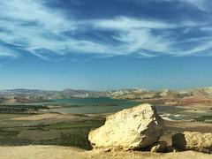 Marruecos. Morocco (yanitzatorres) Tags: montaas roca piedra cielo atlas marruecos morocco paisaje panormica lago