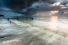 Back And Forth (MOG'S) Tags: longexposure sunset cloud beach rain canon flow tripod wave malaysia klang dong pantai jeram kualaselangor selangor darkcloud mogs remis leefilter pantaijeram rgnd reversendgrad 5dmarkiii 5dmark3 thebackflow