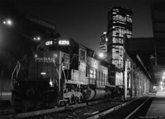 CR at Penn Station Pittsburgh (Don Henderson) Tags: night pittsburgh pennsylvania trainstation prr helpers conrail westernpennsylvania kodakfilm sd402 pennsylvaniarailroad alleghenycounty pentaxspotmaticii november1992 sd50 upertakumar11450mmprimelens
