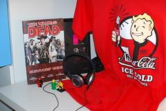 Da Loot (LegoHeadCreations) Tags: walking dead lego headphones guide akg survivors fallout pipboy