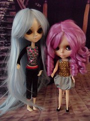 Doll wig from Li poppenimport