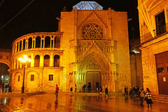 Valencia by night. Apostles Gate of the Cathedral (Andrey Sulitskiy) Tags: spain valencia