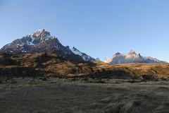 Paine Grande e Los Cuernos (PhantomClickr) Tags: nikon p510 torresdelpaine chile ciruitow magallanes patagonia wcircuit painegrande loscuernos montanhas mountains montaas