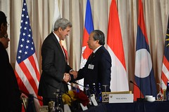 Secretary Kerry Shakes Hands With Malaysian Foreign Minister Aman (U.S. Department of State) Tags: johnkerry un unitednations unga asean newyork malaysia