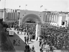 150; Performance in the Sound Shell, Centennial Exhibition - Circa 1940 (Wellington City Council) Tags: wellington historicwellington 1800s 1900s 1950s