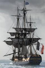 L'Hermione  Brest 2016 (Ronan Follic photographies) Tags: bretagne breizh bateau boat hermione lhermione voiles greement oldboat brest2016 mer sea seascape canon manfrotto lowepro ronanfollic