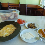 "Breakfast, 30 Nov 2012 <a style=""margin-left:10px; font-size:0.8em;"" href=""http://www.flickr.com/photos/59134591@N00/8232577240/"" target=""_blank"">@flickr</a>"
