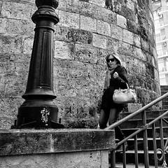 Bajando de la catedral (A. Jimnez) Tags: b bw espaa muro alex stairs square persona j farola cathedral catedral bn format gafas escaleras bolso bufanda belmonte albacete formato cuadrado jimenez a trayo