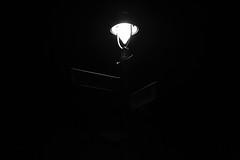 Hussitenstrae ecke Voltastrae Berlin (lozanofed) Tags: nacht sw dunkel strasenlampe
