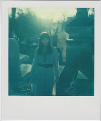 dead sunset (Your Heart's Desire) Tags: paris polaroid impossibleproject colorprotection