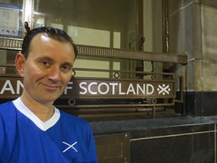 Ryan Janek Wolowski, at The Bank of Scotland in Glasgow, Scotland (RYANISLAND) Tags: scotland scottland scotish scottish scotch scottch uk unitedkingdom glasgowscotland glasgow europe european city citycentre scots photo photos photography image people travel visit tour explore