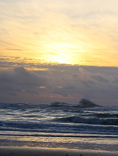 Lions Head Wave, Oceanside, Oregon