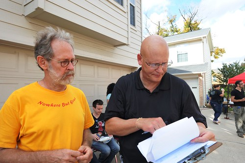 Photographer Paul Hester and VBB Board Member Michael Woodson discuss logistics.