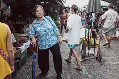 J52 (joekhor35) Tags: bangkok bangkokstreet street streetphoto streetphotograph streetlife streetphotography market